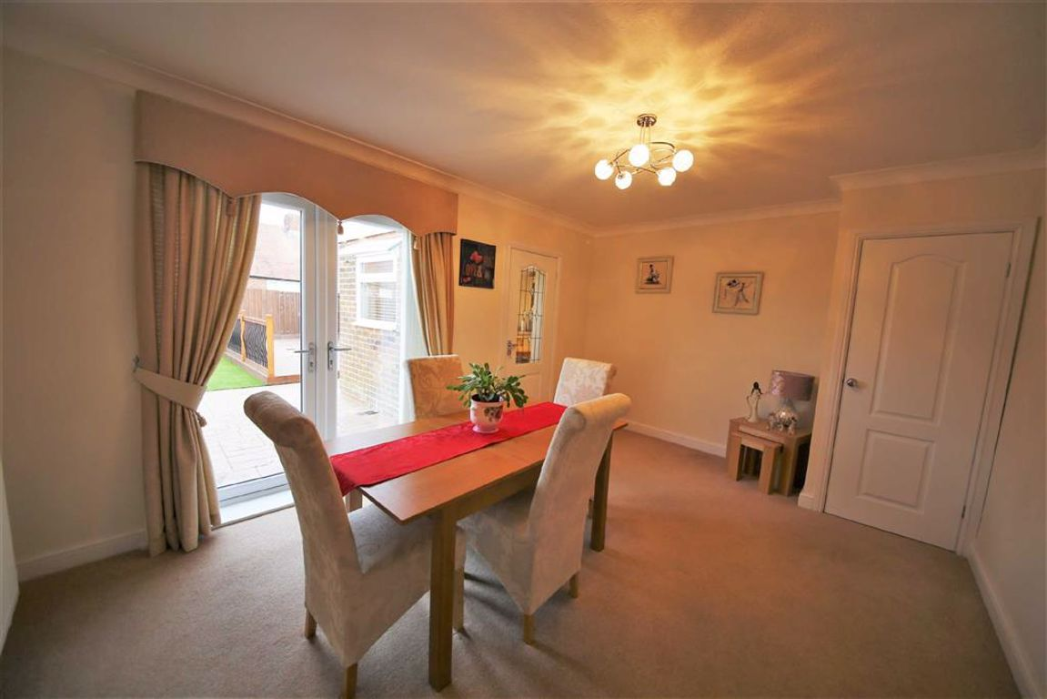 Vicarage Close, Slksworth, Sunderland, SR3 ,image 3