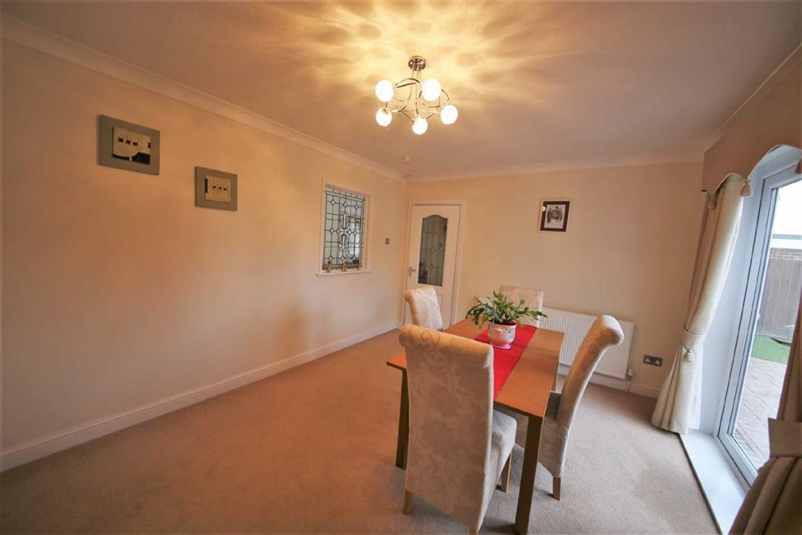 Vicarage Close, Slksworth, Sunderland, SR3 ,image 4