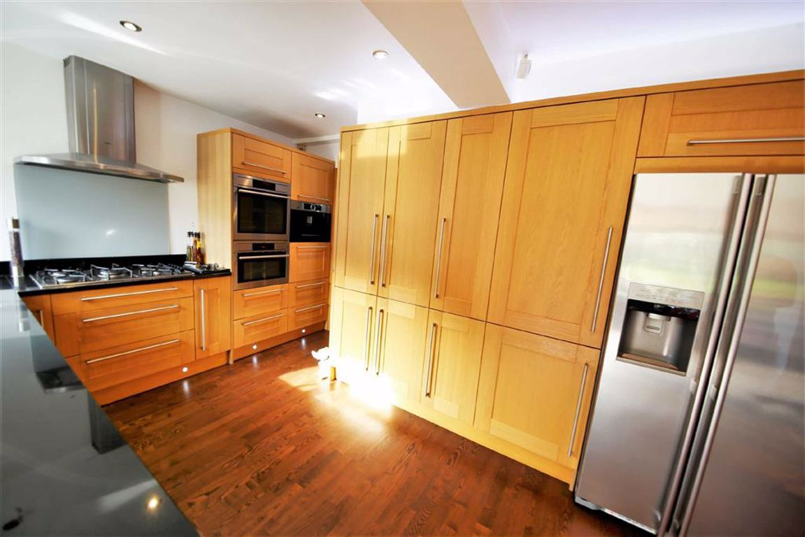 Greetlands Road, Sunderland :KITCHEN